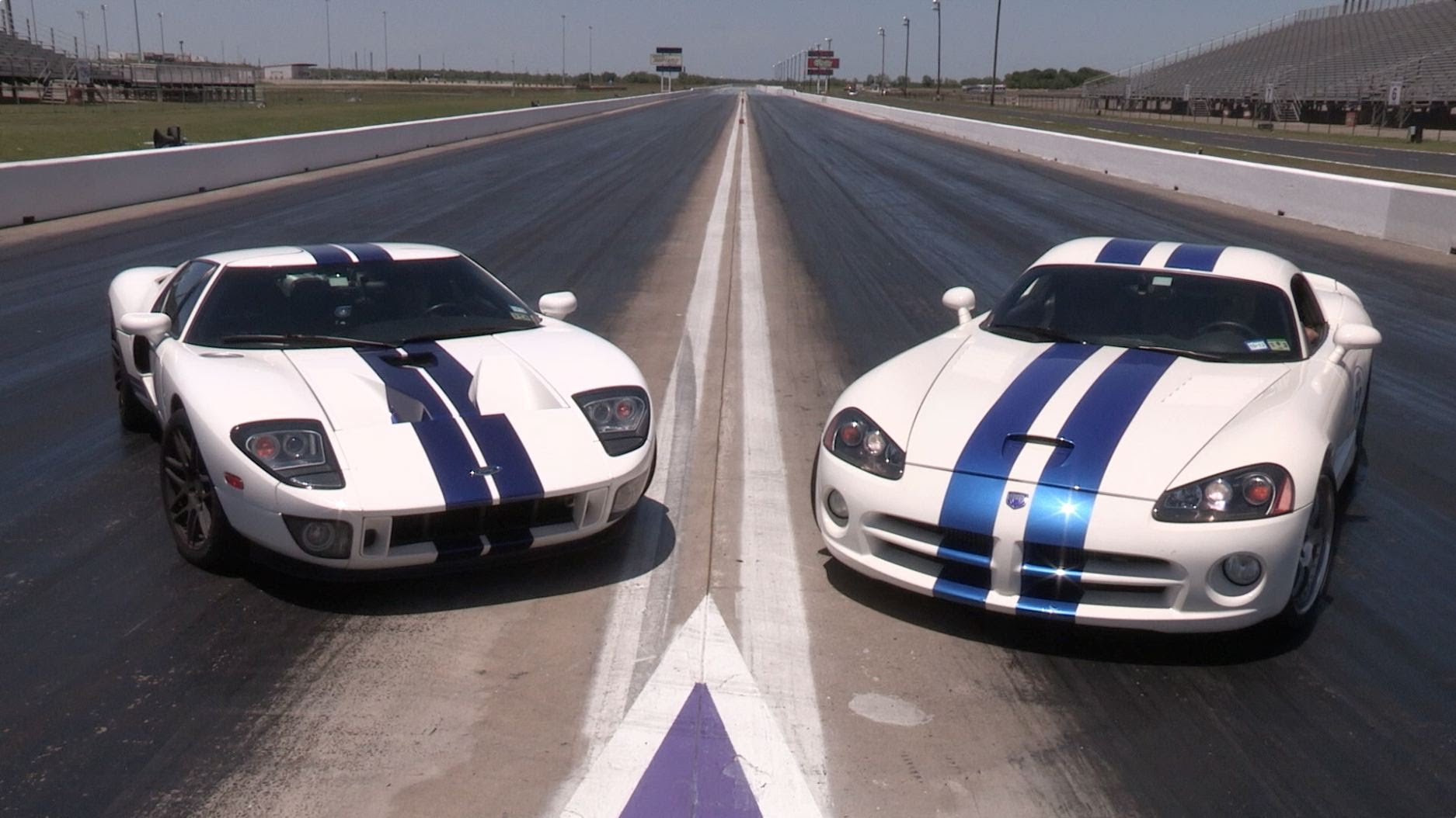 1100hp Ford Gt Vs Viper Drag Race Coyote Mustang And Corvette C6 Z06 Square Off In This Adrenaline