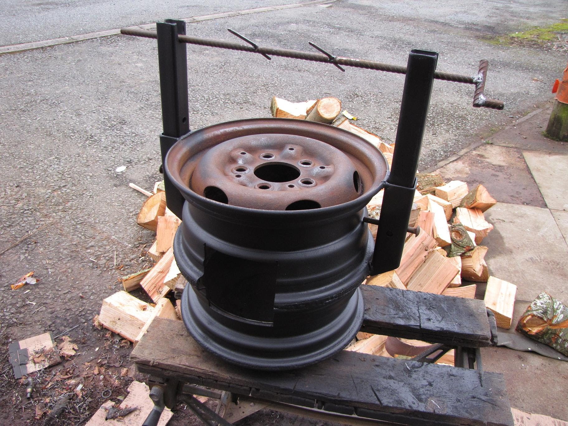 How To Turn Your Old Car Rims To A Cool Wood Stove!!