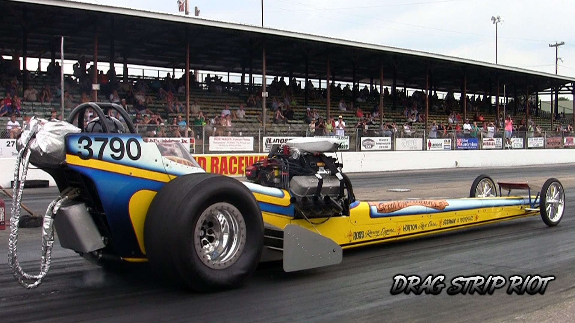 Awesome Top Fuel Dragster Making 200mph Pass Is Poetry In Motion