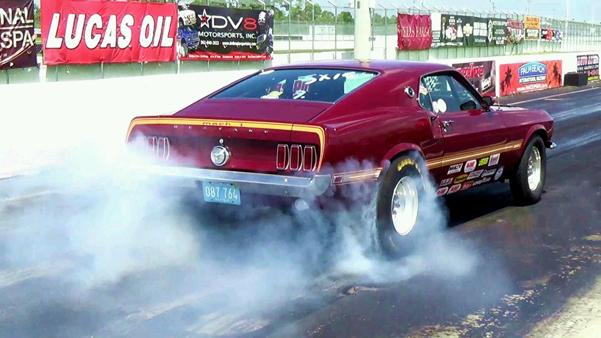 pure poweramerican muscle car and dragster burnouts, revs