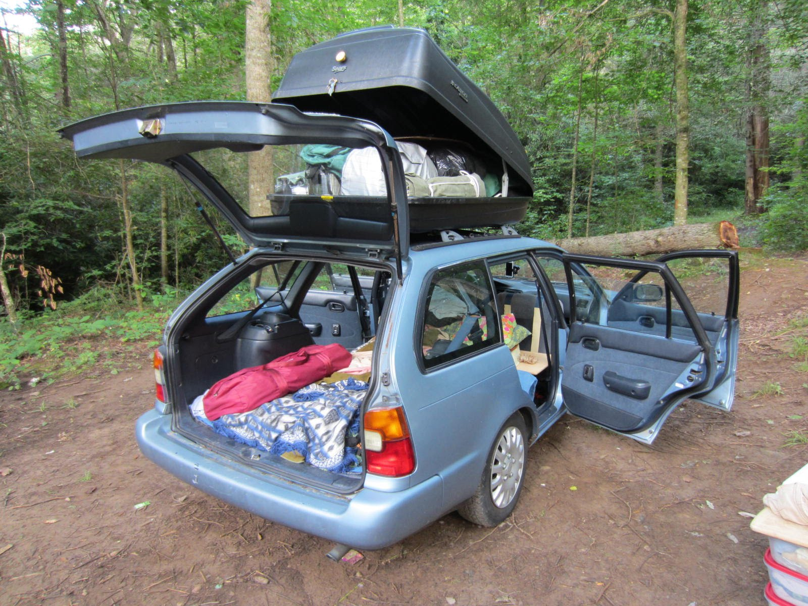 How to Build a Tiny House in your CAR