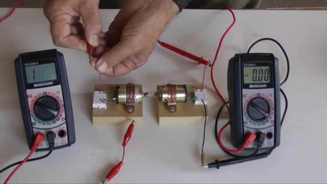 This Neat Experiment Shows How To Use A Small Battery