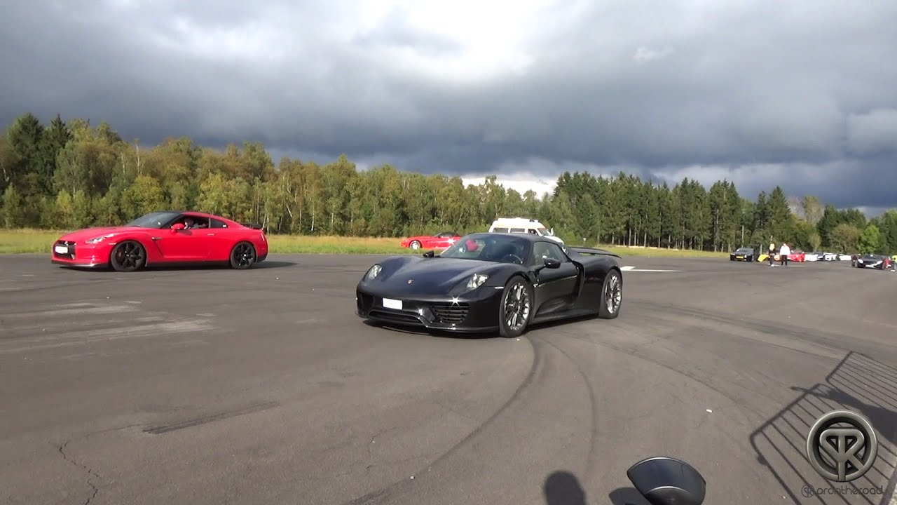 Don T Miss This Drag Race Between A Porsche 918 Spyder And Nissan Gt R R35
