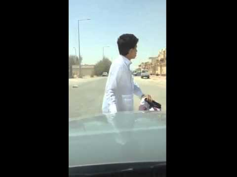 You Won't Believe Your Eyes After Watching This Video! Arab Kid Locks Himself Out Of Moving Car!