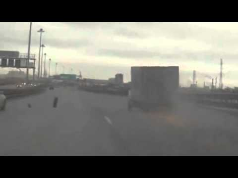 Box Truck Goes Sparking After Losing Tires