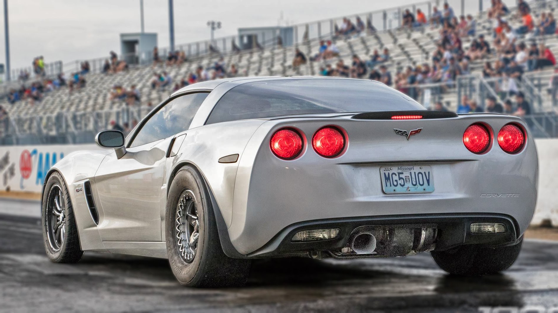 corvette c6 z06 rips off 7second drag racing passes with