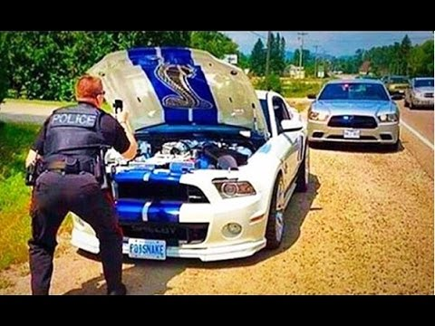 Cops Chasing Street Racers = Awesome Video So Pop Your Popcorn And Wake The Kids!